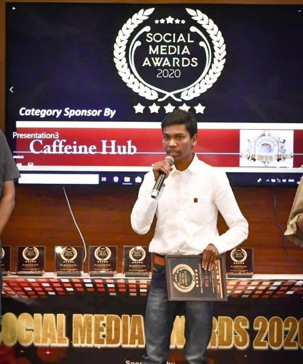 MN Hemant With Social Media 2020 Award