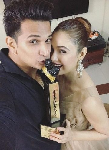 Prince & Yuvika With Dadasaheb Phalke Excellence Award